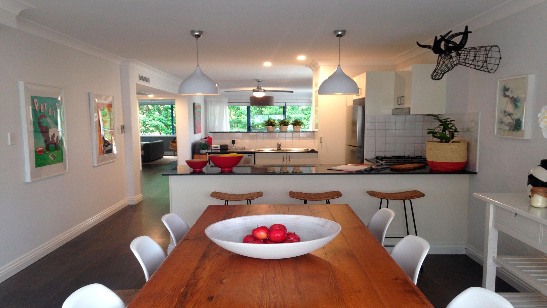 El blanco el mejor color para una cocina for Colores de pintura de moda 2016