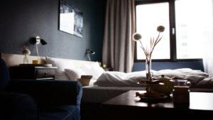 Viste tus paredes con colores cálidos y elegantes2.1920